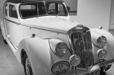 RILEY RMA 1947 Het Engelse Riley is voor de oorlog een bekend merk van sport- en racewagens.