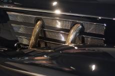 MERCEDES-BENZ 500K SPEZIAL ROADSTER 1936 De auto is voorzien van een vijfliter achtcilinder met compressor, waardoor hij in staat is 160 pk te leveren, maar zelfs zonder de compressor heeft de auto nog 100 pk.